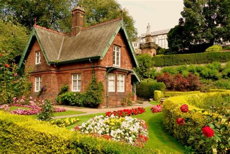 country cottage wallpaper beautiful cottage wallpapers this wallpaper