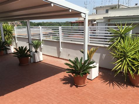 divisori per terrazzi divisori terrazzi gallery of thumb fioriere grigliati