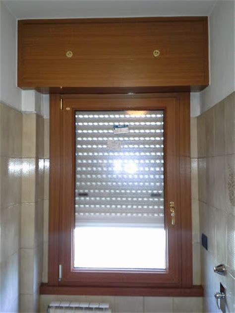 passatoie persiane cool finestra in pvc effetto legno con cassonetto ad alto