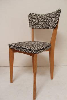 fauteuil tissu vintage hyacinthe le fauteuil bridge vintage bois et tissus 233 es 60 r 233 nov 233 chairs