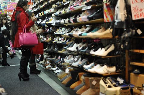 shoes shopping streamlining the shoe shopping experience herring