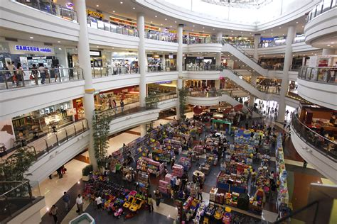 eat pray shop philippine malls become the new town