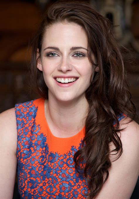 biography of kristen stewart kristen stewart movies and biography yahoo movies