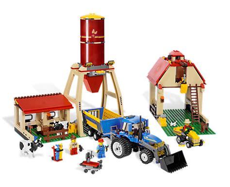 lego farm house and lego barn farm 7637 lego shop