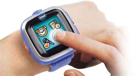 VTech Kidizoom Smart Watch Plus review ? fun kids smartwatch Review PC Advisor