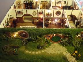 Hobbit Hole Floor Plan by My Hand Made Hobbit Hole Bag End From Lord Of The Rings