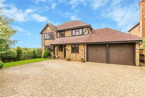houses for sale caterham houses for sale in caterham property onthemarket