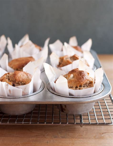 How To Make Cupcake Liners Out Of Parchment Paper - how to make muffin liners out of parchment paper
