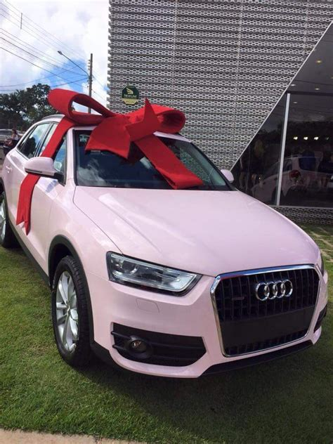 pink luxury cars marina barcelos carros rosa mary kay no brasil e no mundo