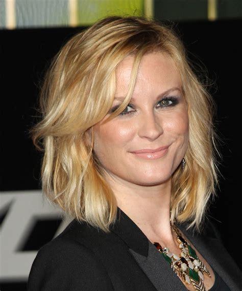 bonny weavon hairstyle bonnie somerville medium wavy casual hairstyle medium blonde golden