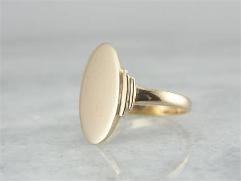 gold signet ring simple oval 1q7z8t d by