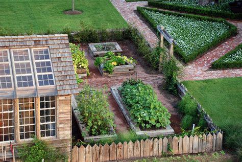 Garden And Home Decor Phenomenal Decor Garden Home Decorating Ideas Gallery In Landscape Farmhouse Design Ideas