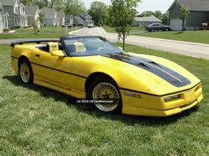 1987 chevrolet corvette convertible greenwood 2 door 5 7l