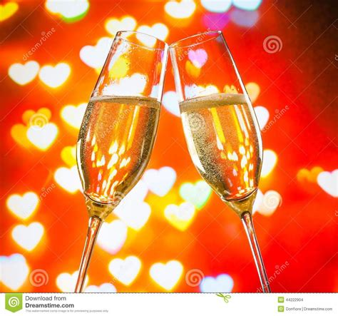 Wedding Decoration Gold And White A Pair Of Champagne Flutes With Golden Bubbles On Hearts