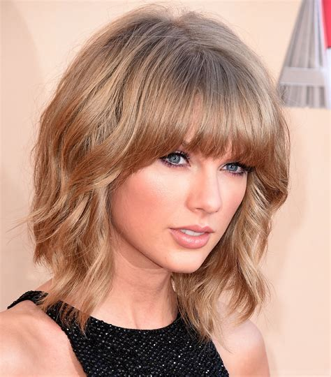 what happened to taylor swift s hair taylor swift s mullet lob at the iheartradio music awards