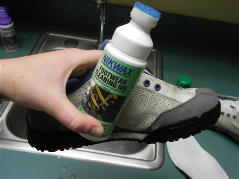 how to clean rock climbing shoes cleaning climbing shoes 28 images how to clean rock