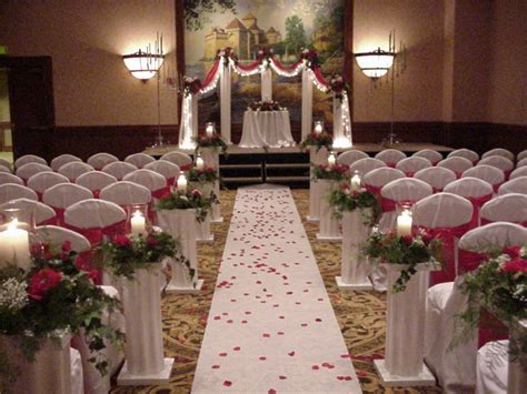 Church Decorations For Weddings by Church Wedding Decorations Shannon S Custom Florals