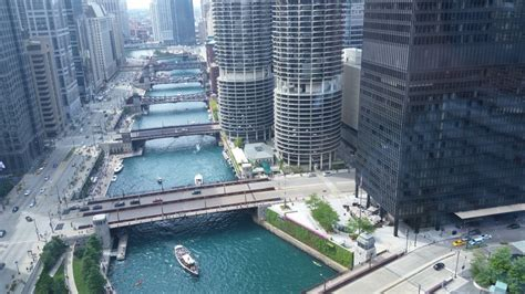 Trump Tower Gold by New Plan May Allow Swimmers In The Chicago River By 2030