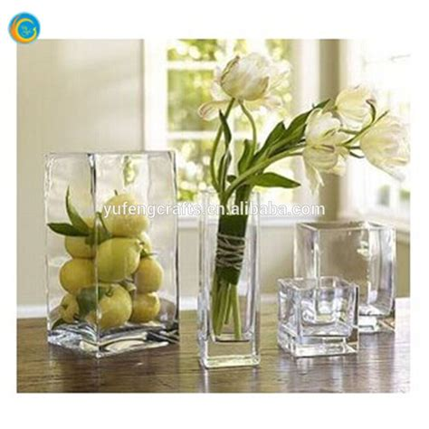 Glass Vase Centerpieces For Wedding by Clear Reversible Trumpet Glass Vase Wedding Centerpiece