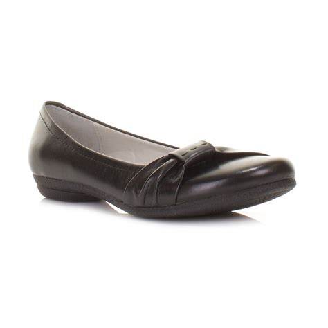 clark flat shoes womens clarks discovery bay black leather flat ballerina