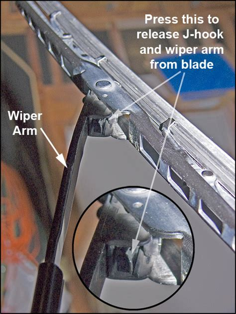 Changing Wiper Blades Toyota Camry Change Camry Windshield Wiper Blades