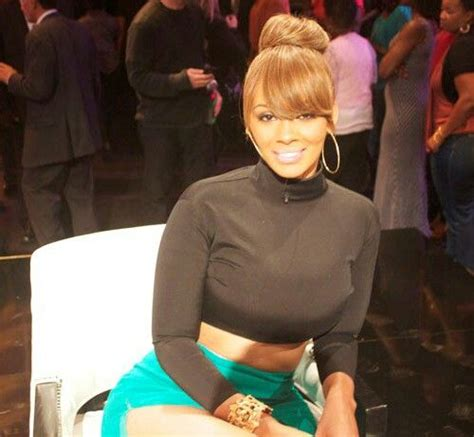 evelyn lozada bun with bangs bun with bangs fab hairstyles pinterest natural