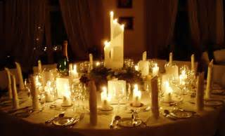 Romantic table decorations candlelight dinner round dining table