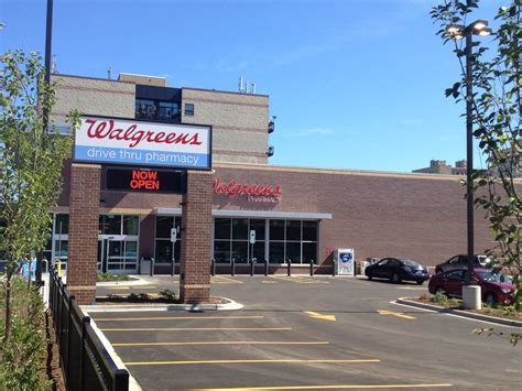 walgreens open on new walgreens opens at broadway glenlake edgeville buzz