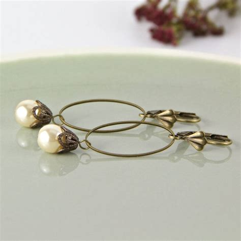 vintage style pearl drop earrings by gaamaa