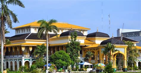 Di Medan nurulnadiah tempat menarik di medan indonesia