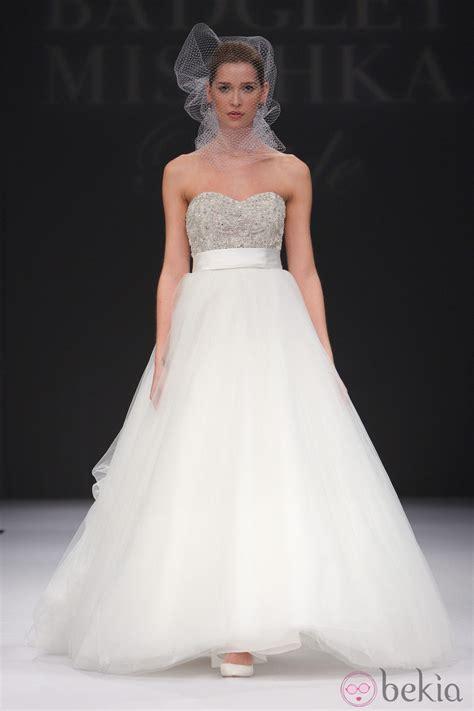 tamira vestido de novia con escote corazon y de estilo princesa vestido de novia de escote coraz 243 n y falda de tul