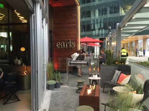 Earls Kitchen And Bar Tysons by Earls Kitchen Bar Opens D C Area Location Dc