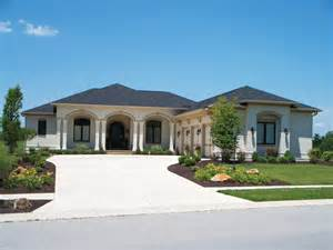 Luxury Ranch House Plans For Entertaining Nola Bay Florida Style Home Plan 119d 0011 House Plans