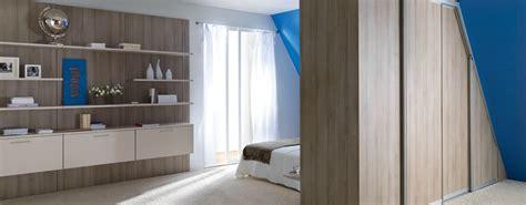 d馗o chambre 騁udiant rangement mural de chambre en bois photo 14 15 tr 232 s