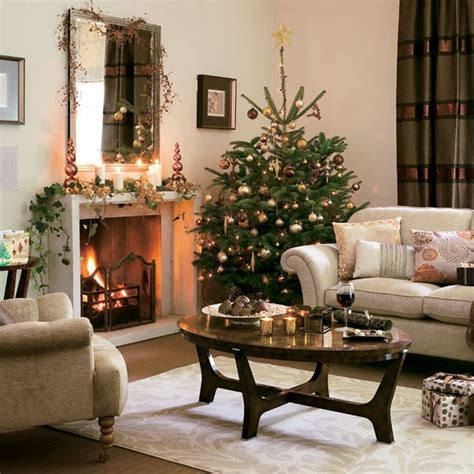 christmas decorated rooms 5 inspiring christmas shabby chic living room decorating