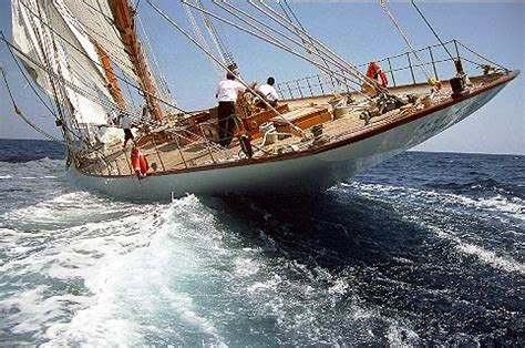 skiff meaning in english meaning in context what does quot turned the schooner end