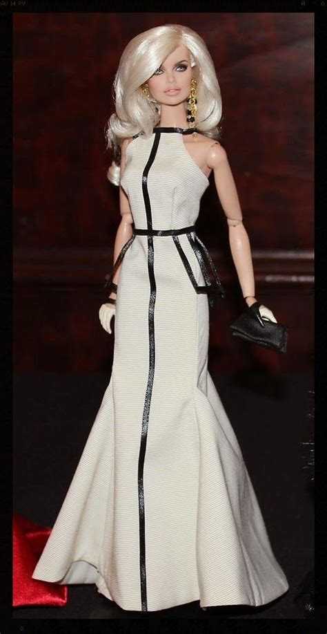 the doll chronicles the fashion doll chronicles a doll with an edge by