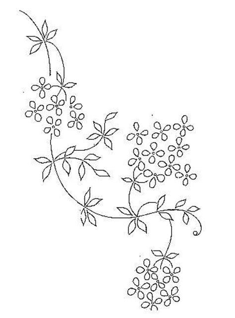 disegni di fiori da ricamare disegno da ricamare fiori angolari magiedifilo it punto