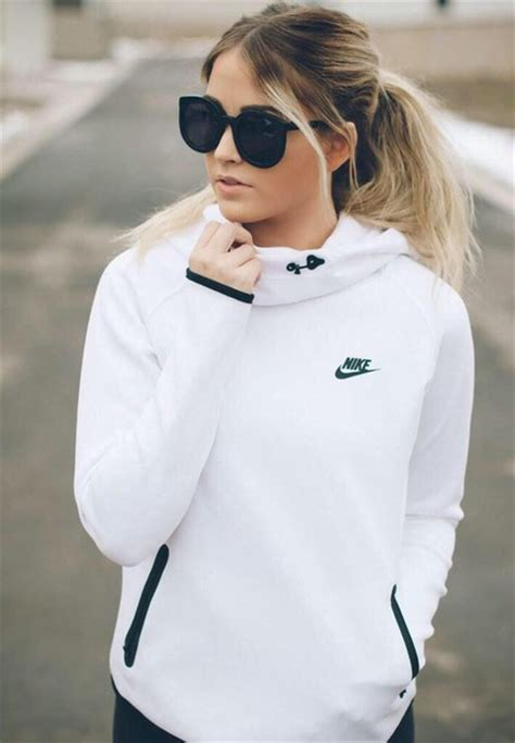 Sweater Jaket Hoodie White sweater nike jacket white nike hoodie nike sweater