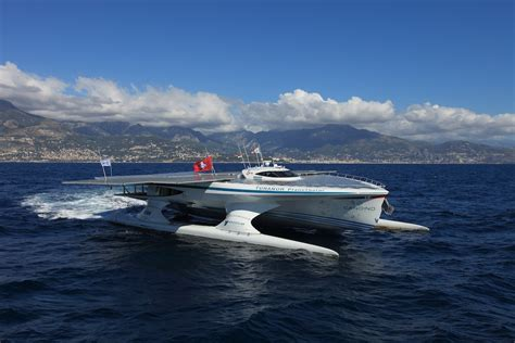small round boat dan word world s largest solar boat sails into corinth port
