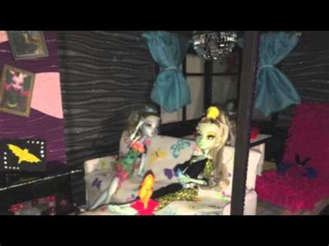 monster high doll house tours monster high doll house tour youtube