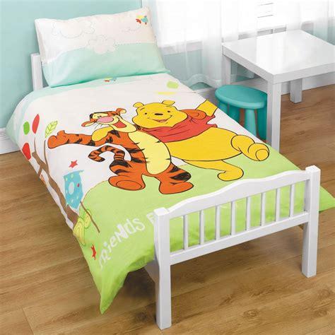 Winnie The Pooh Cot Bedding Set Winnie The Pooh Junior Cot Bed Duvet Set Bundle 4 In 1 Ebay