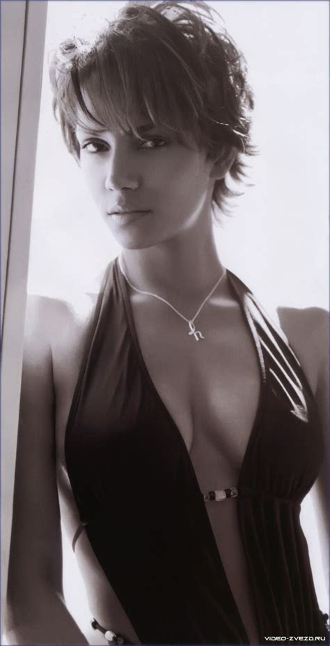 Halle Berry And Damn In Esquire Egotastic by 35 Best Halle Berry Images On