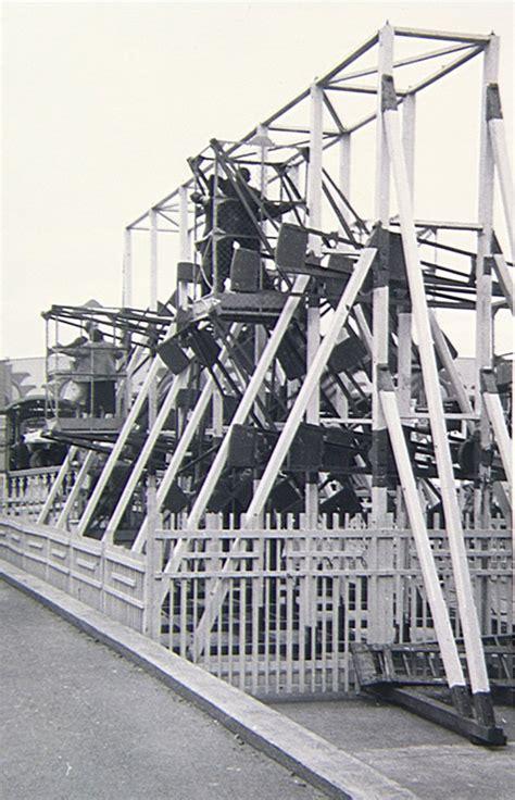 swinging gym swingin gym on an esplanade uk 1957 amusement ride