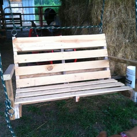 pallet porch swing 40 diy pallet swing ideas 99 pallets
