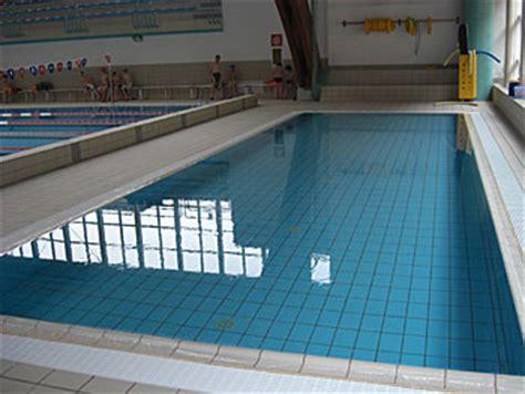 kleines schwimmbecken schwimmen