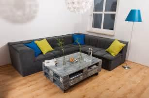 paletten wohnzimmer couchtisch aus europaletten im shabby chic look selber