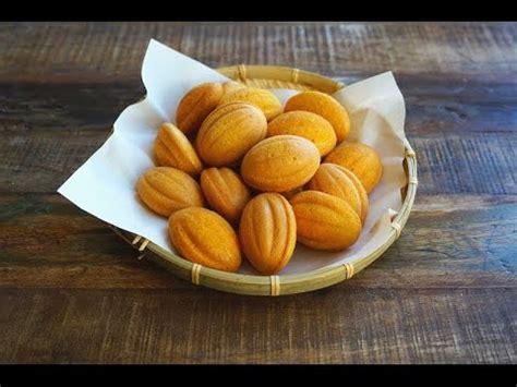 new year kuih kuih bahulu cny baking