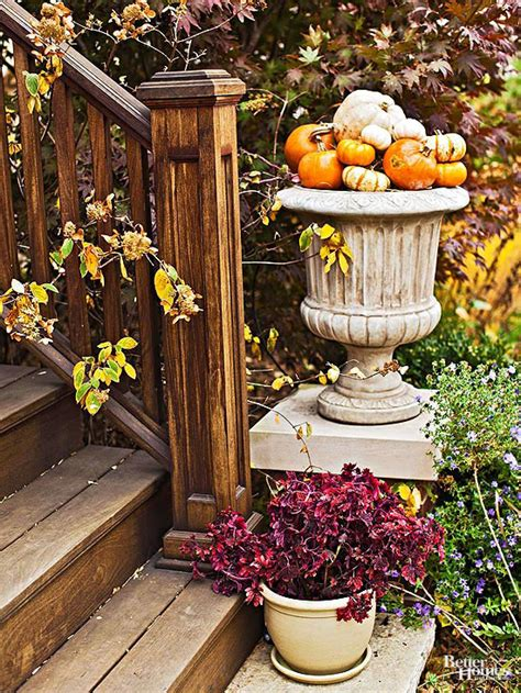fall outdoor decorating from to thanksgiving