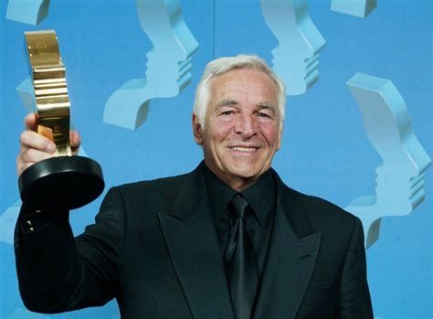 actor dies at canadian actor donnelly rhodes dies at age 80 toronto star